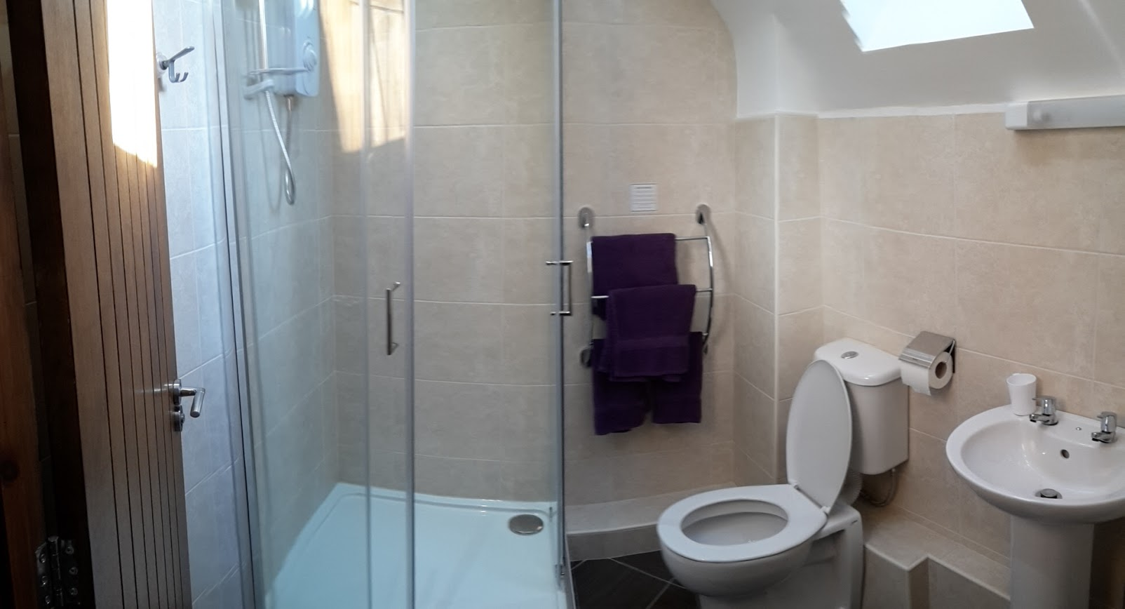 Letting Room 1 Ensuite
